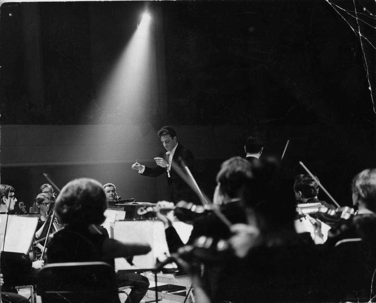 Janos Furst conducts UO and Igor Oistrakh, Nov 1969.